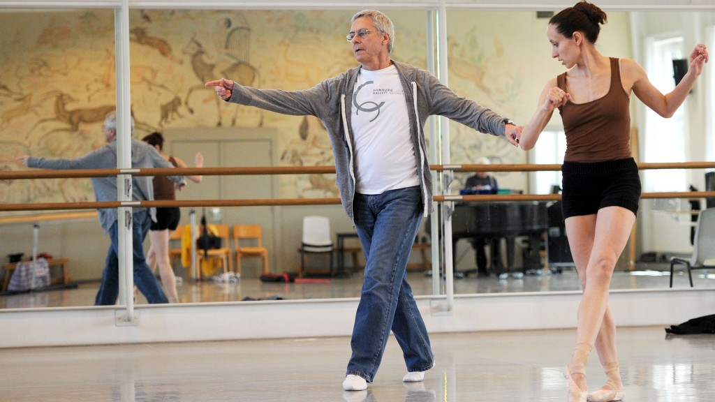 John Neumeier, Ballettdirektor und Chefchoreograf des Hamburg Ballett, probt in Hamburg im Ballettzentrum. (Foto: dpa/Angelika Warmuth)