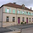 Schule in Manderen (Foto: Beate Heizt)