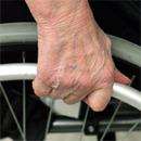 Rollstuhl (dpa)