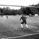 Fußballfoto aus den Fünfziger Jahren (Archivfoto: dpa)