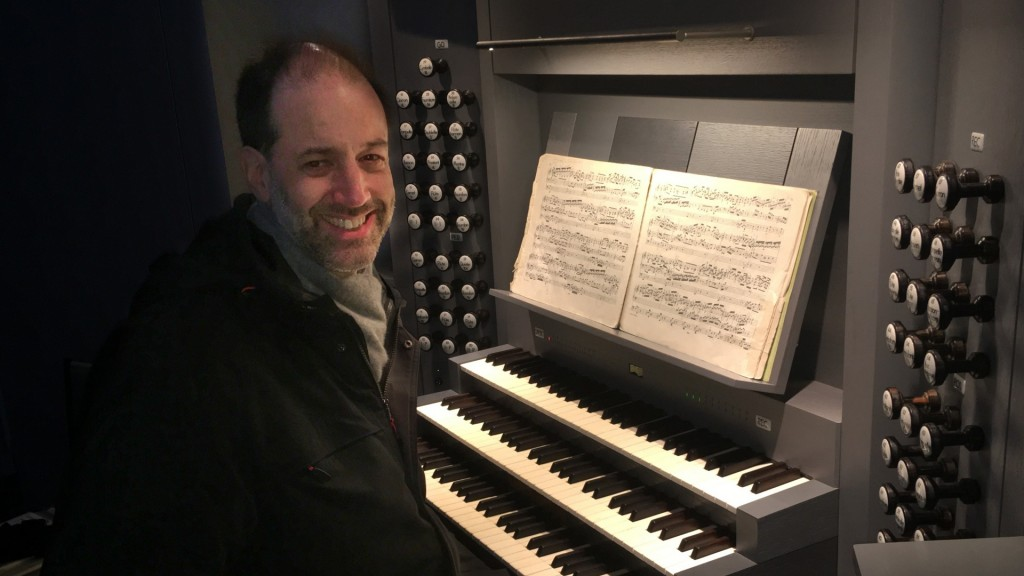 Der Organist Thomas Becher (Foto: privat)